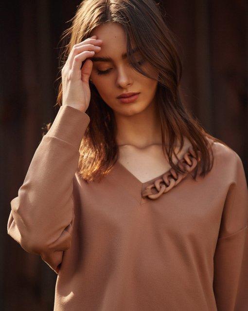 krótka bluza w serek